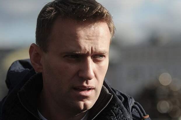 Навальный сообщил о намерении вернуться в Россию