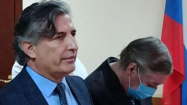 Названа сумма, которую Пашаев заработал на Ефремове до утраты адвокатского статуса