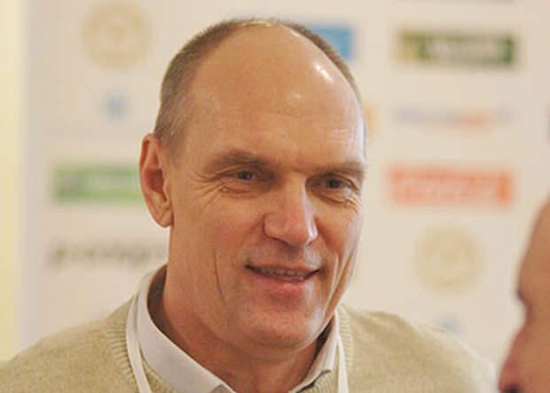 БУБНОВ: Замена тренера в «Локомотиве» оказалась неэффективвной – те же три очка в Лиге чемпионов. Семина ведь формально сняли из-за такого результата