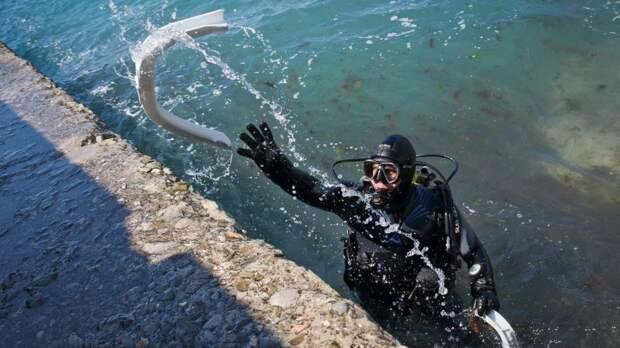 МЧС Крыма: На полуострове продолжается комплекс мероприятий по подготовке пляжей и мест массового отдыха на водных объектах