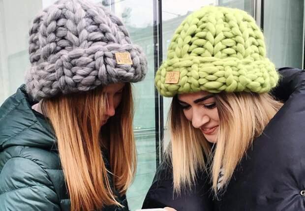 Какие зимние шапки сейчас в моде и с чем из правильно сочетать