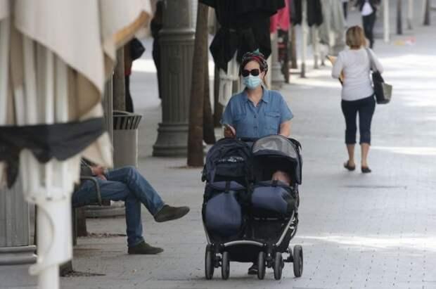 В Израиле с 15 июня отменят требование о ношении масок в помещениях