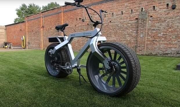 Умелец собрал электровелосипед на 20-дюймовых автомобильных колесах