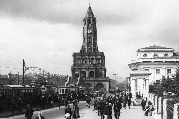 Тайны Сухаревской башни, построенной Петром I