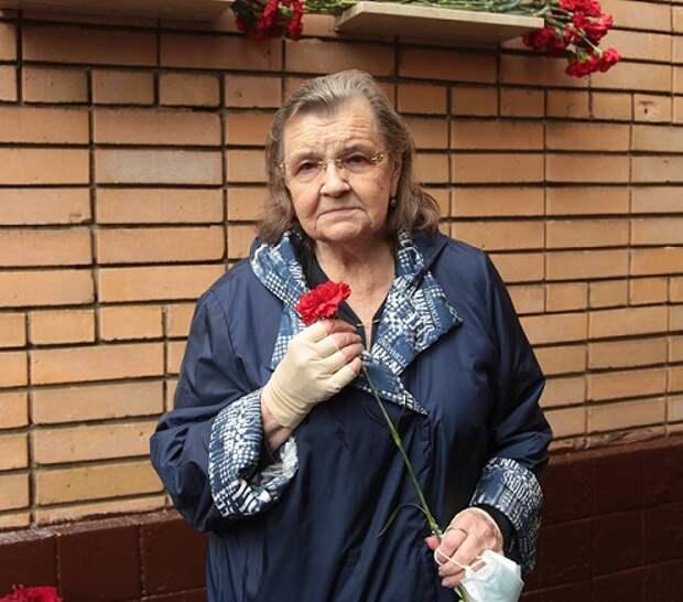 Вдова героя из Марьиной рощи Людмила Лезжова вспомнила историю их удивительного знакомства