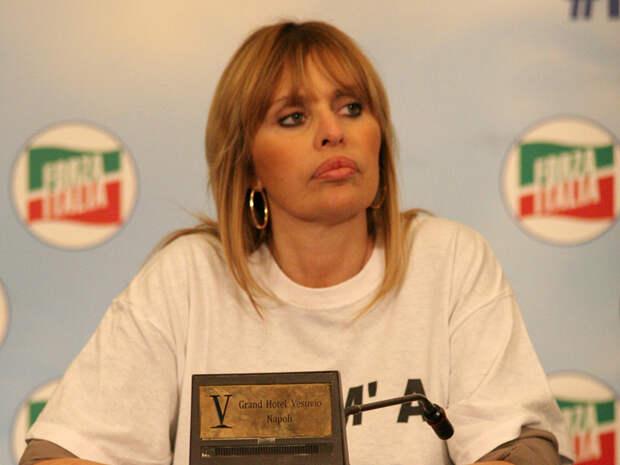 Внучка Муссолини, выступающая за отмену санкций против России, стала депутатом Европарламента