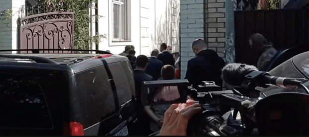 СБУ проводит обыски в доме депутата Верховной рады, одного из лидеров ОПЗЖ и общественной...
