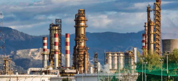 «Нож в спину» нефтяникам: МЭА предостерегло от инвестиций в новые нефтегазовые проекты