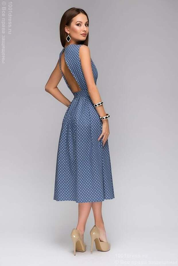 """Платье синее длины миди с принтом """"ромашки"""" и открытой спинкой , синий в интернет магазине Платья для самых красивых 1001dress.Ru:"""