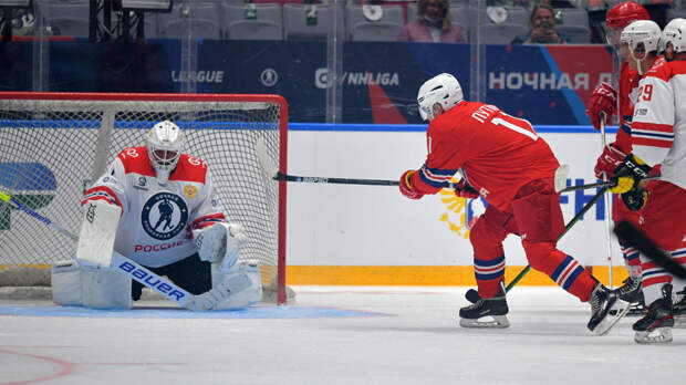 Путин забил шестой гол в гала-матче Ночной хоккейной лиги