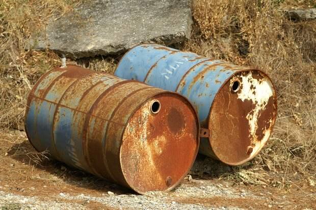 Бочки с опасным химическим веществом в Дзержинске ликвидируют в течение полугода