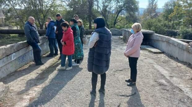 В Керчи выполнят ремонт тротуара вдоль реки Мелек-Чесме от первой горбольницы до домов по ул. Заречной