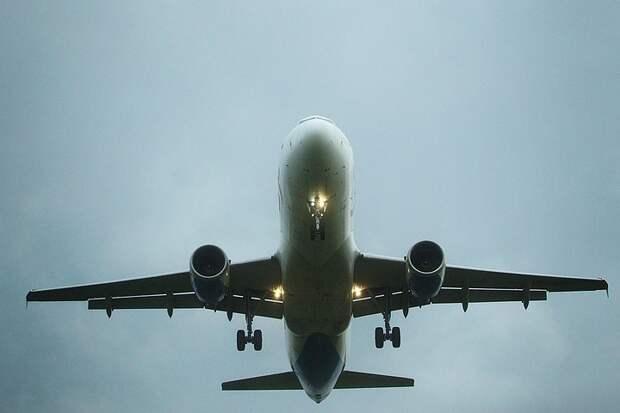 Таджикистан запретил летать двум российским авиакомпаниям