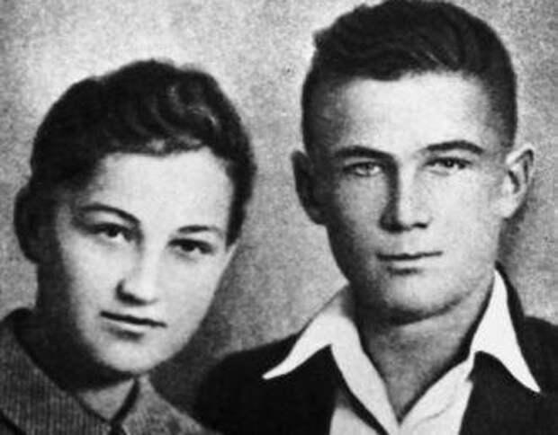Как брат Зои Космодемьянской стал Героем Советского Союза