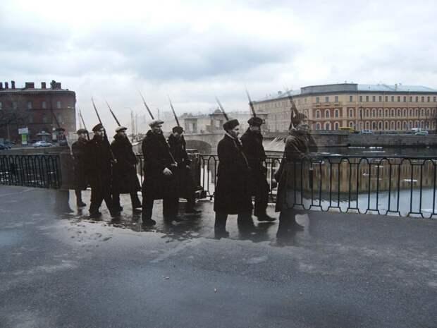 Ленинград 1941-2009 Адмиралтейские верфи. Подготовка ополченцев у Старокалинкина моста блокада, ленинград, победа