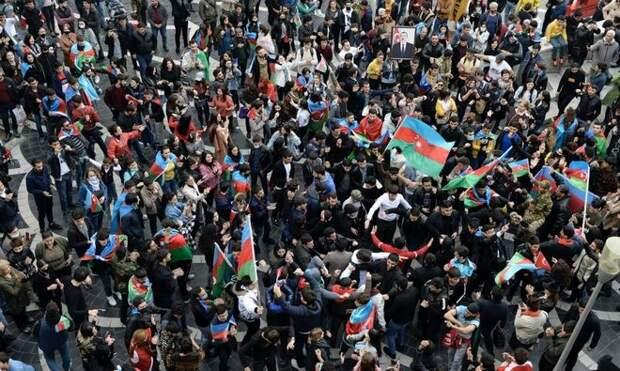 Азербайджанский сценарий у Киева не пройдет