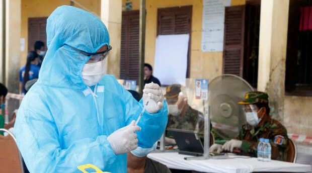 Экстренные случаи вынудили ВОЗ одобрить китайскую вакцину от ковида