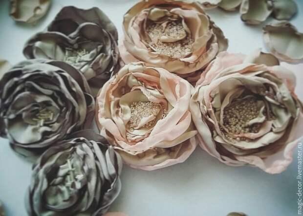 Шьем красивые цветы из ткани для декора одежды, обуви и аксессуаров