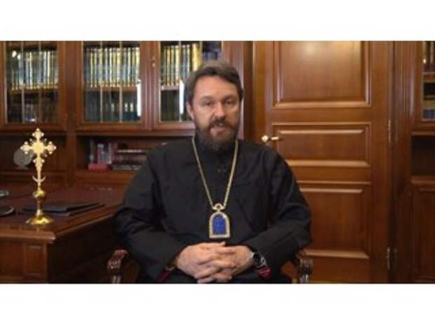 РПЦ призвала верующих не ходить в храмы на Рождество