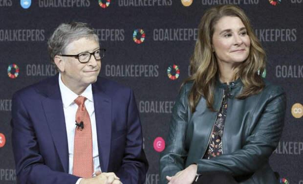 Билла Гейтса попросили покинуть совет директоров Microsoft из-за служебного романа 20-летней давности