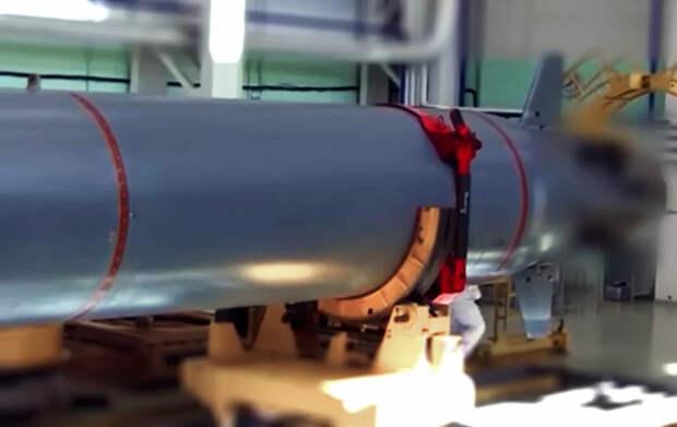 У берегов США был обнаружен неопознанный подводный аппарат, передвигающийся на огромной скорости не характерной для АПЛ