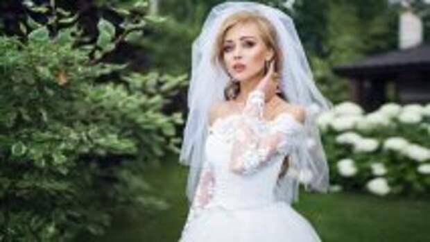 История и археология: Фата на невесте: что она символизировала на Руси и зачем была нужна