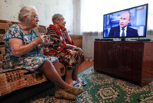 Людям старше 60 лет запретили выходить из дома 4 месяца. Вот такая теперь «забота» о пенсионерах
