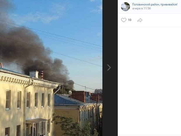 На Михалковской полностью сгорел гараж