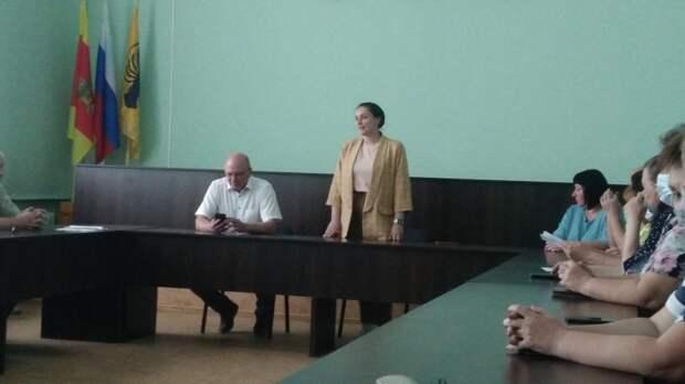 Юлия Саранова на встрече в Весьегонском МО обсудила сознание центра #Мывместе