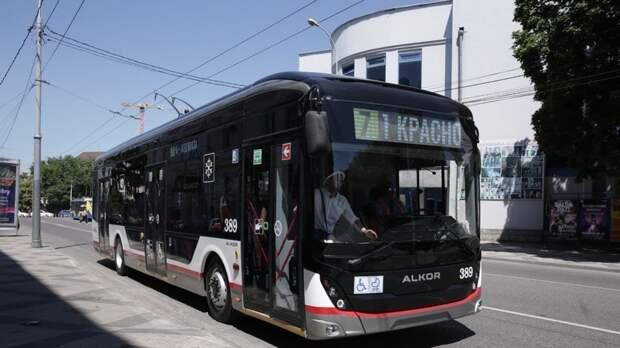 В Краснодаре запустили троллейбус, собранный в городе
