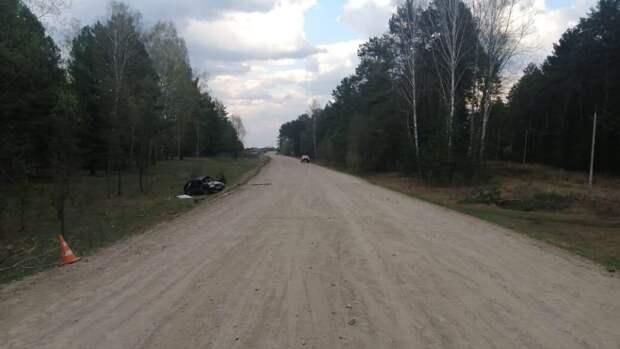Женщина погибла в автоаварии с тремя детьми под Новосибирском