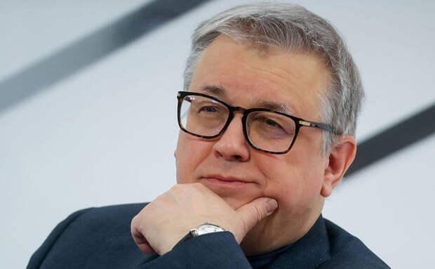 Россияне стали нищими из-за коронавируса, заявил ректор ВШЭ