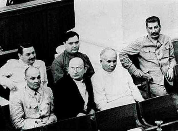 «Банда Берии»: кого арестовали и расстреляли вместе с главой МВД в 1953 году