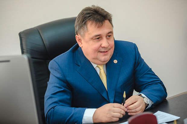 Об отставке управляющего директора ПАО «Туполев» Рониса Шарипова сообщили несколько источников «БИЗНЕС Online» в авиастроении