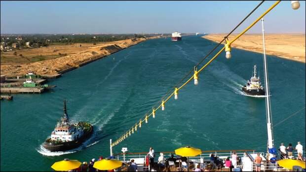 Северный морской путь взамен Суэцкого канала может предложить миру РФ