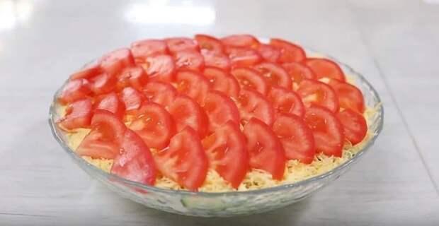 Салат с помидорами и яйцом. Лёгкий салатик для тех, кто сидит на диете 4