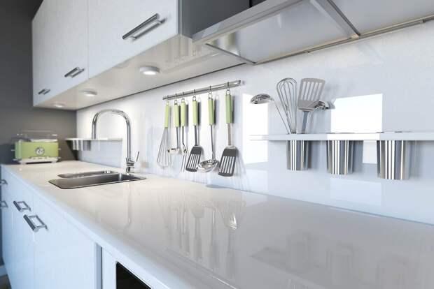 белая глянцевая столешница для кухни белого цвета