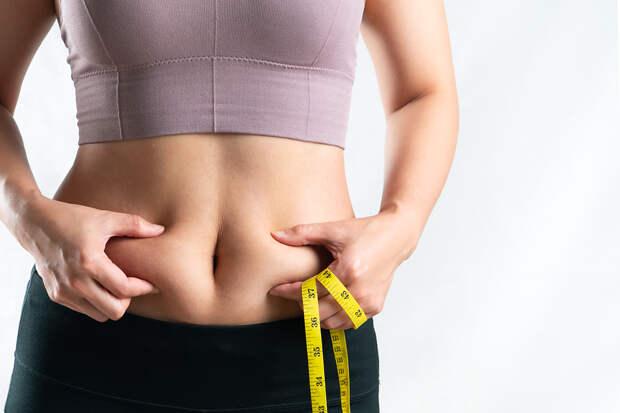 Диетолог назвал россиянам способ сбросить «зимний жир»