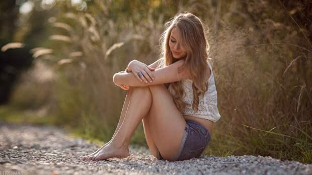 Симпатичные и милые девушки поднимут настроение на весь день