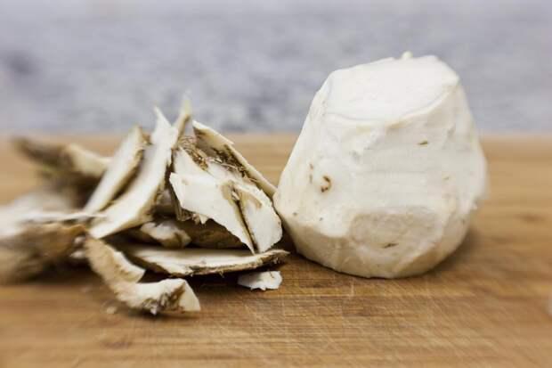 Хрен - идеальная пища для мозга, сердца и костей. Вот как его правильно есть