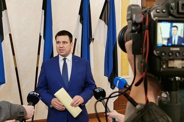 Премьер Эстонии уходит в отставку