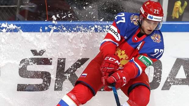 Эксперты сравнивали его с Кучеровым, а Брагин не брал на чемпионат мира. Кто такой Амиров — 15-й номер драфта НХЛ