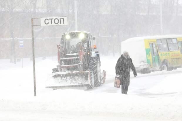 Глав районов Нижнего Новгорода лишили премий за плохую уборку снега