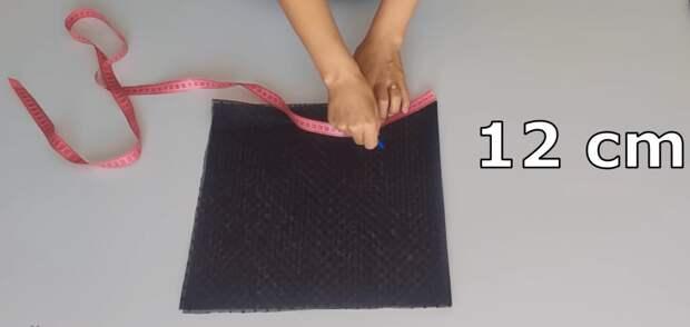 Просто отрежь и сострочи: нарядная юбка из фатина с элементарной сборкой