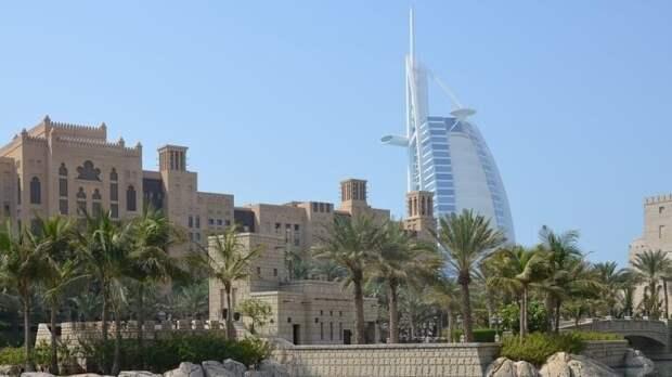 Эмираты пытаются реанимировать туристический бизнес