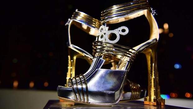 В Дубае показали туфли стоимостью почти 20 млн долларов