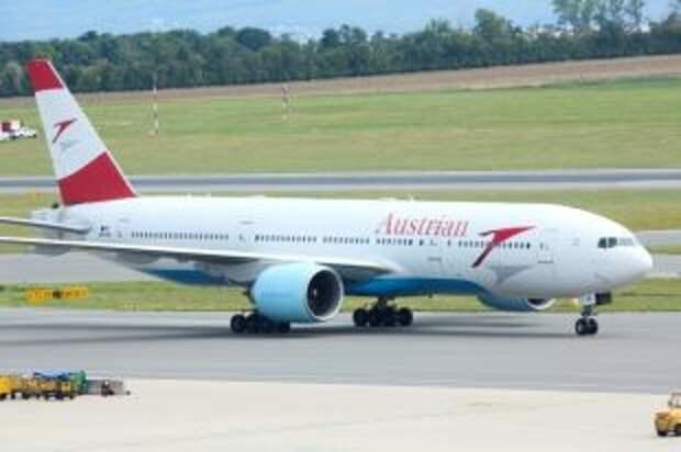 Самолет с Тимановской на борту приземлился в Варшаве