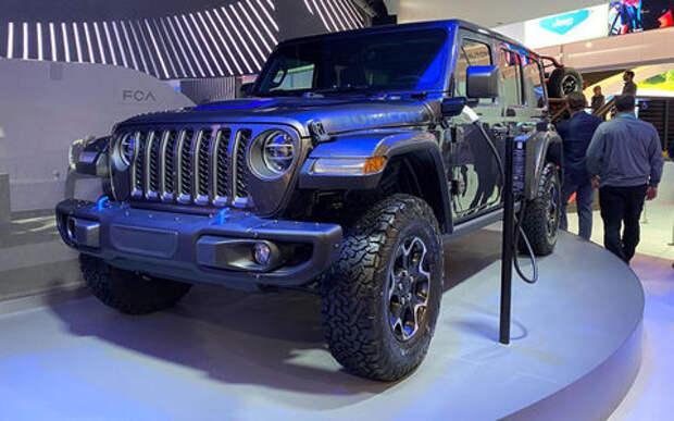 Суровый Jeep Wrangler поставили «под электричество»