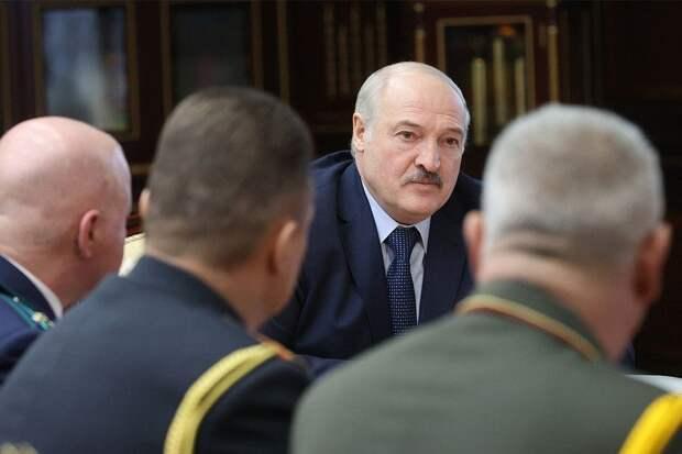 Лукашенко обещал показать «ягодку» по делу о госперевороте