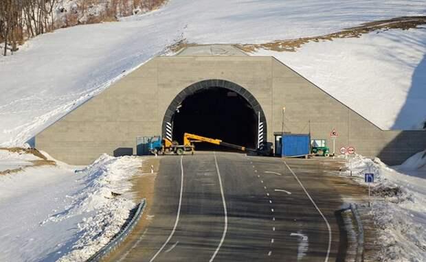 Дорога к России: Грузия начинает строить самый длинный тоннель